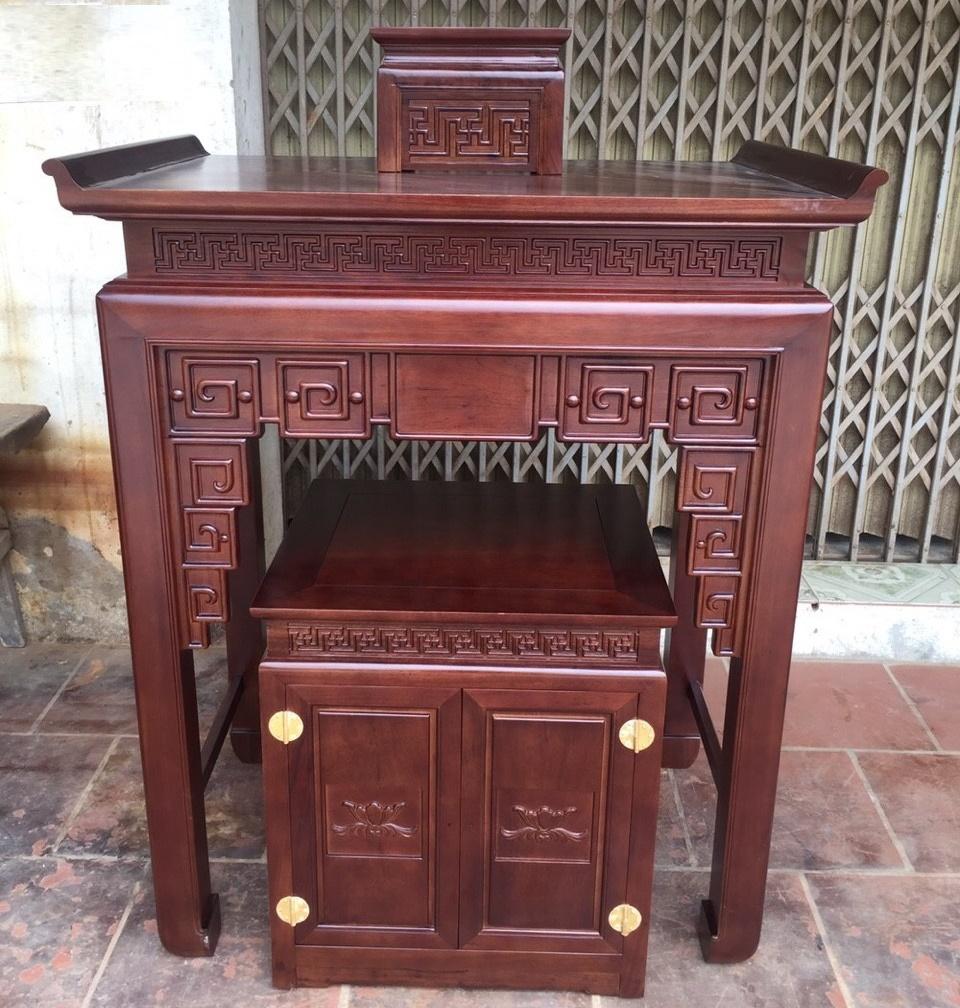 Cặp án gian - bàn thờ chung cư
