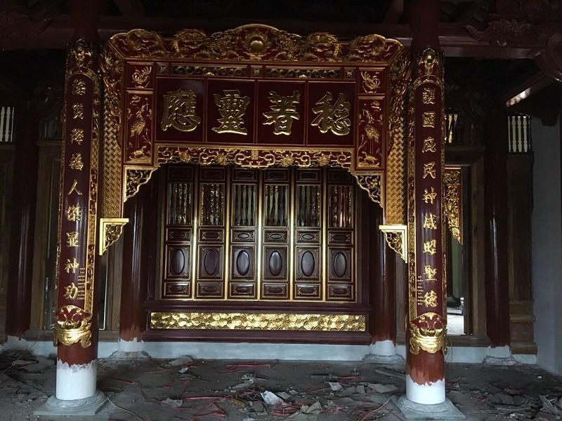 Hoành phi câu đối đền thờ gỗ dổi sơn son thiếp bạc